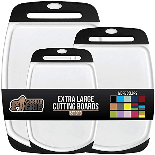 41R0HekzGsL. AC  - Gorilla Grip Original Oversized Cutting Board, 3 Piece, BPA Free, Dishwasher Safe, Juice Grooves, Larger Thicker Boards, Easy Grip Handle, Non Porous, Extra Large, Kitchen, Set of 3, Black
