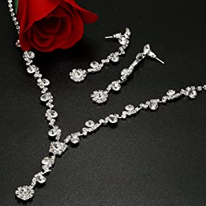 a9e3f346 52ac 4a4f 955f c3056ba532a4.  CR437,0,2343,2343 PT0 SX300 V1    - Udalyn Rhinestone Bridesmaid Jewelry Sets for Women Necklace and Earring Set for Wedding with Crystal Bracelet