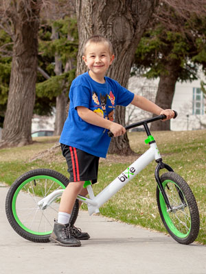 """32ec923d 9100 4e3d 9c02 7d301db28e28.  CR0,0,300,400 PT0 SX300 V1    - Bixe 16"""" Pro Balance Bike for for Big Kids 5, 6, 7, 8 and 9 Years Old"""